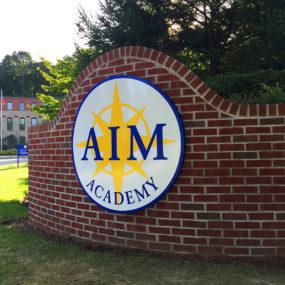 AIM_2_monument